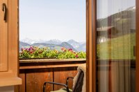 6_appartement_luag_pension_bergwald_alpbach_balkon.jpg